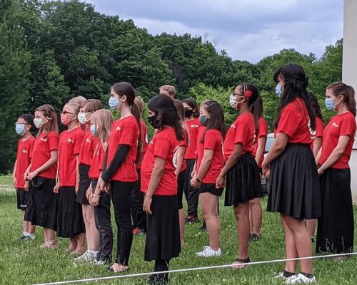 Children's Chorus Singing 500×400